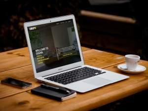 Dsgnk Home Laptop Image Desk